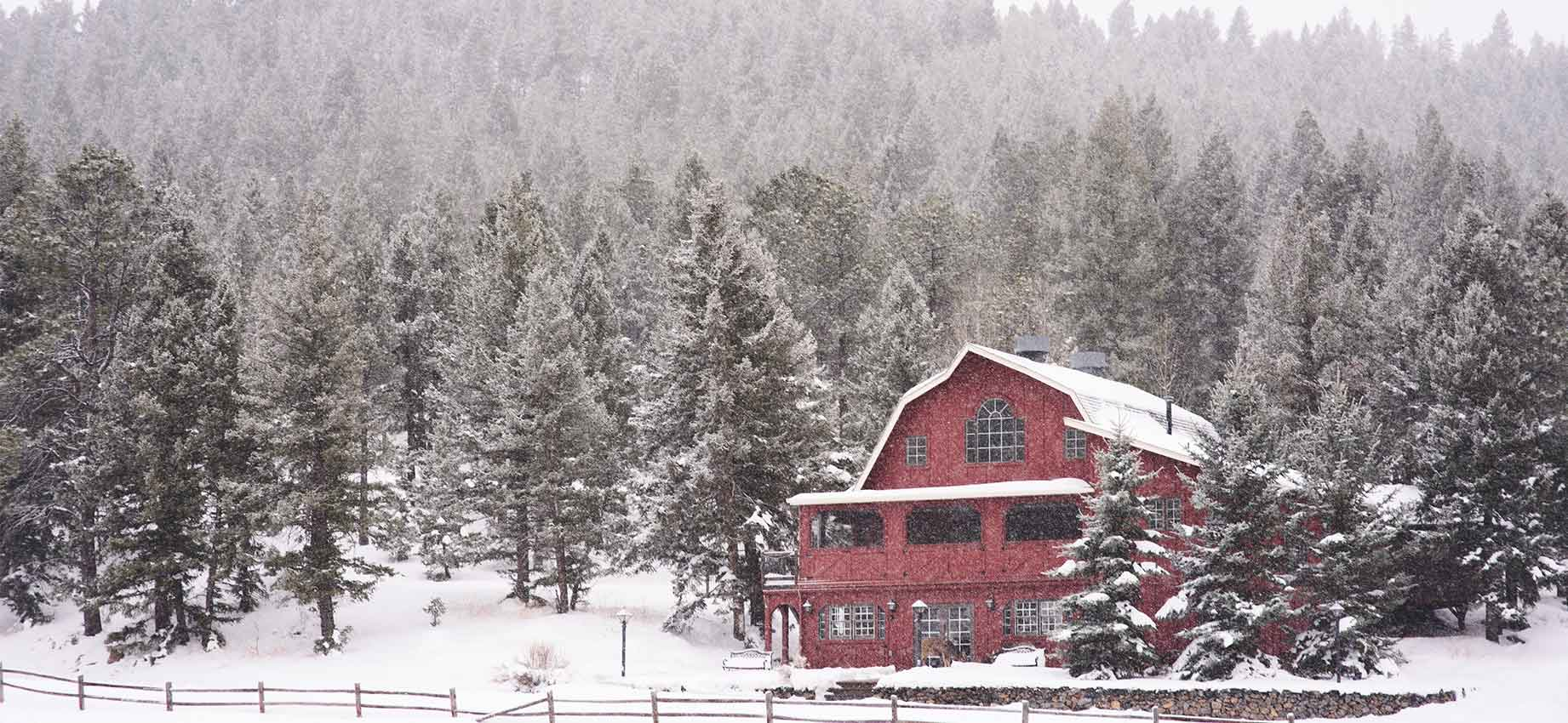 Evergreen-Red-Barn_0005_6